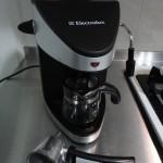 Espresso 入門熱拿鐵沖泡 (Caffè Latte) – 低階義式咖啡機也能泡出好咖啡