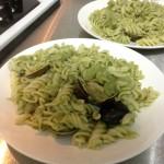第一次做蛤蠣青醬義大利麵就失手