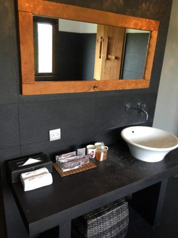 南園房間洗手臺
