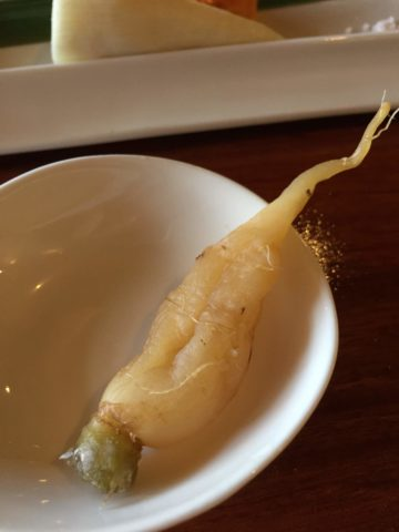 整根的淹蘿蔔